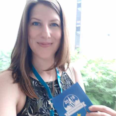 Amy Maureen Lynch peparing to present my 'Startup Blogging' workshop on Day 2 of WordCamp Ottawa 2019